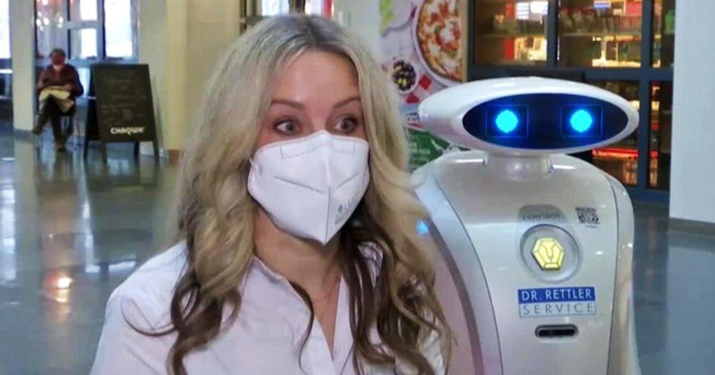 Franziska-robot-ayudante-hospital-Munich-Alemania-3