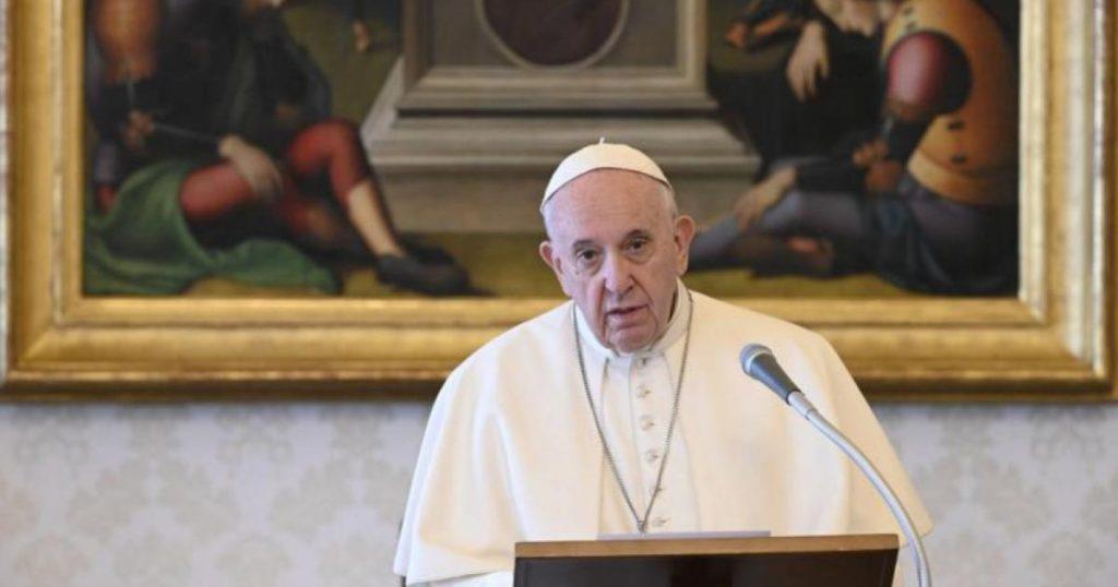 Papa-Francisco-critica-personas-vacaciones-pandemia-4