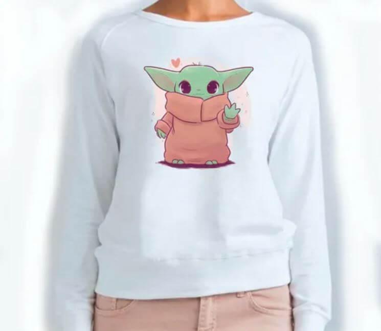 Ropa que deberías tener si eres un fan de Baby Yoda