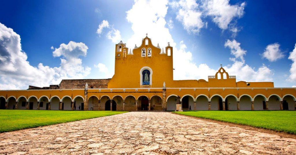 Izamal-Yucatan