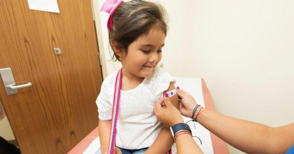 Ninos-y-jovenes-vacuna-Covid-19