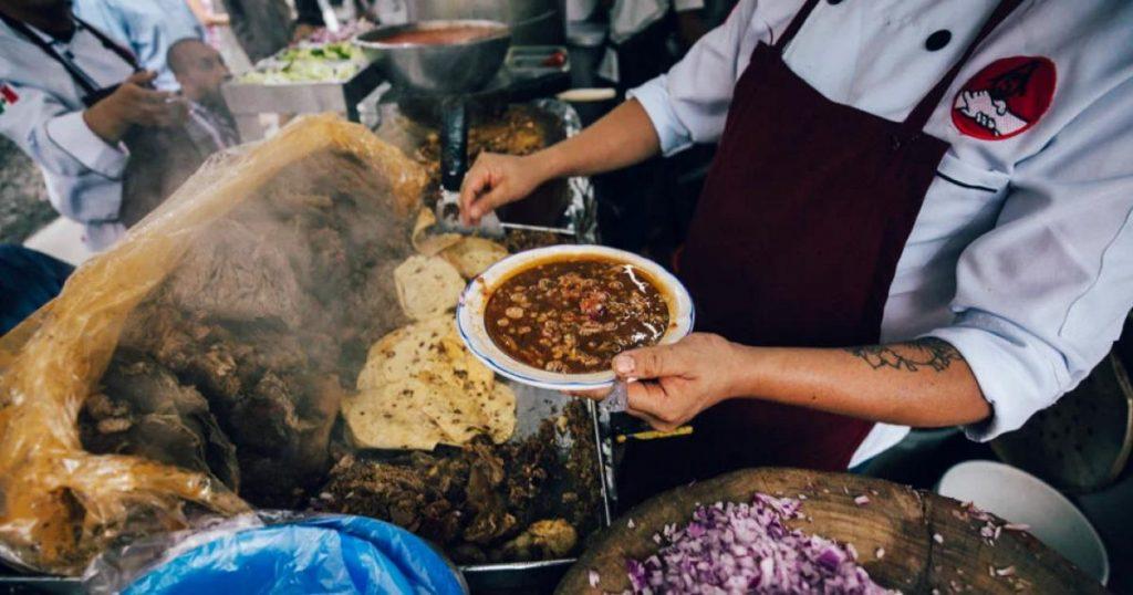 Tacos-de-birria-24-horas-Birrieria-Los-Gueros-Ciudad-de-Mexico