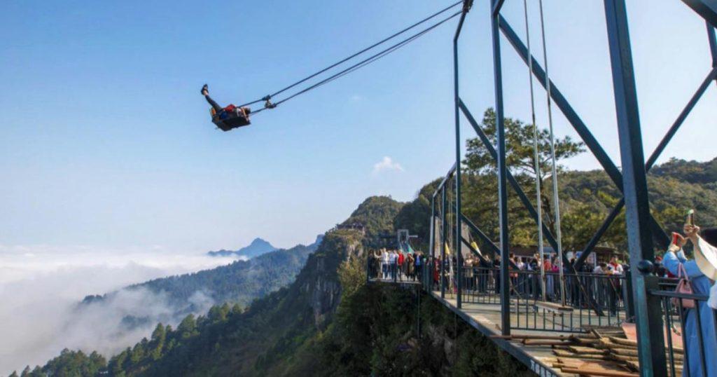 Wansheng-Ordovician-parque-columpio-acantilado-China-China