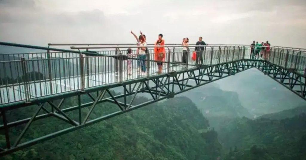 Wansheng-Ordovician-parque-plataforma-cristal-China-China