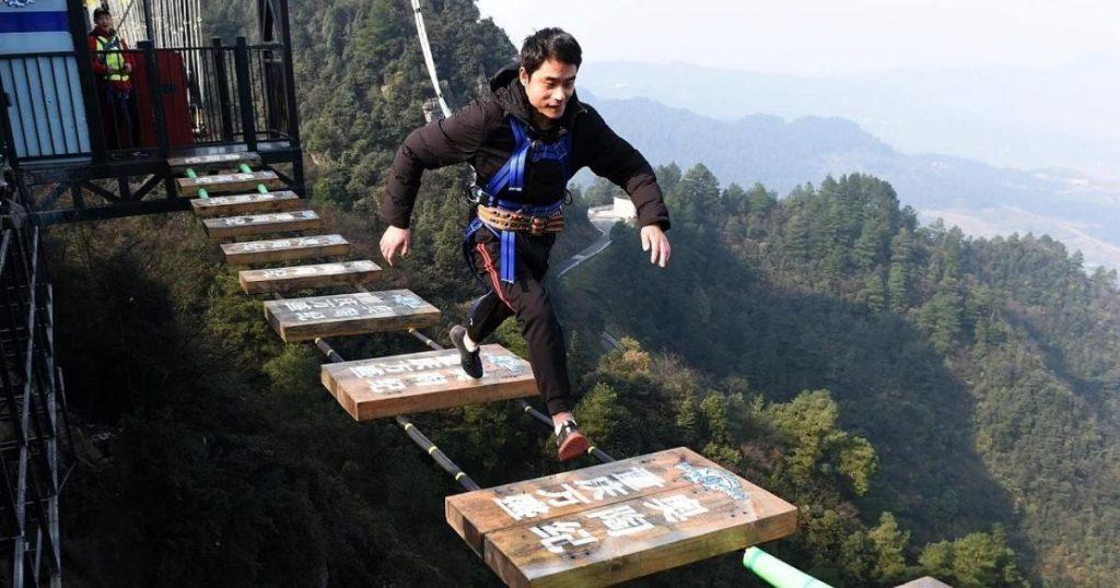 Wansheng-Ordovician-puente-sin-barandales-China-2