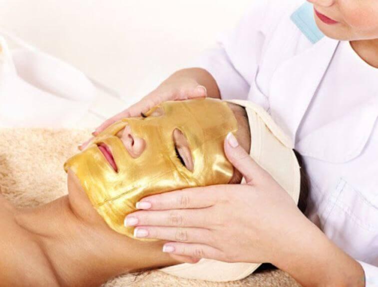 ¡Lujo absoluto! Conoce los beneficios que el oro puede hacer en tu piel