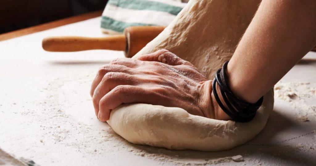 Como-preparar-masa-pizza-casera