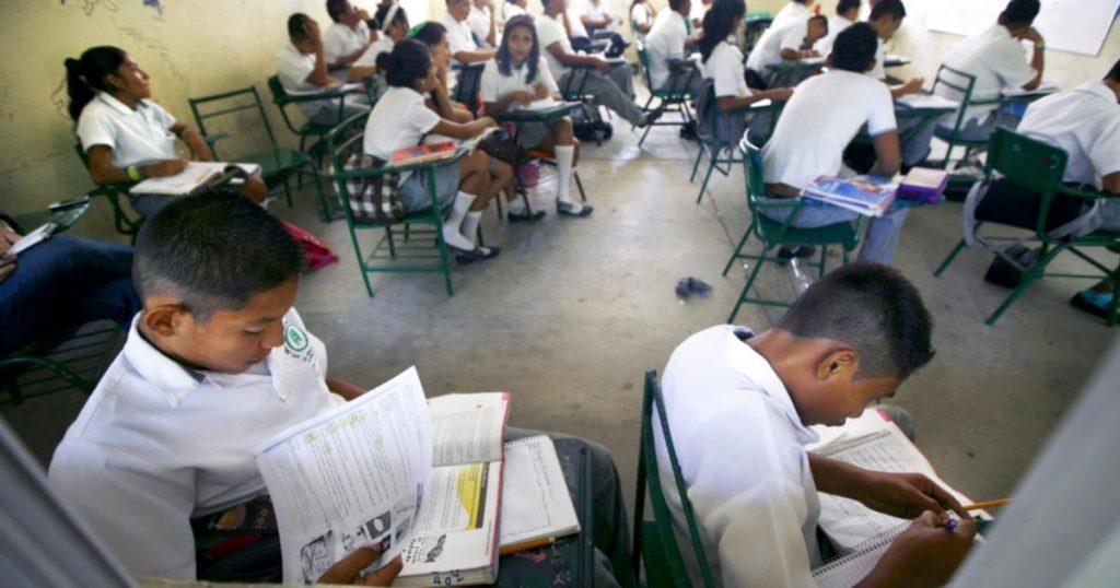 Inegi-5.2-millones-alumnos-abandonaron-escuela-por-Covid-19-4