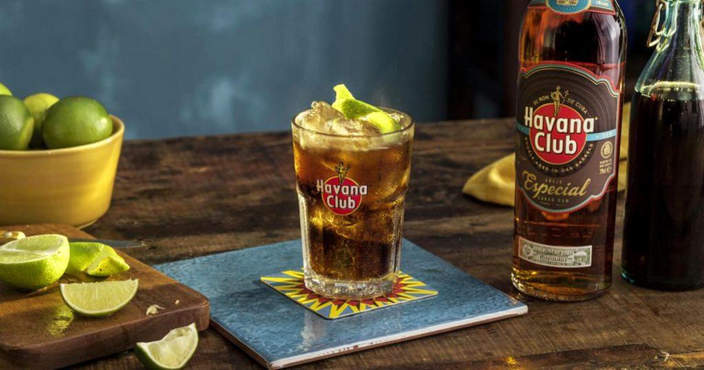 Origen-y-como-preparar-una-cuba-libre-ron-Havana-Club