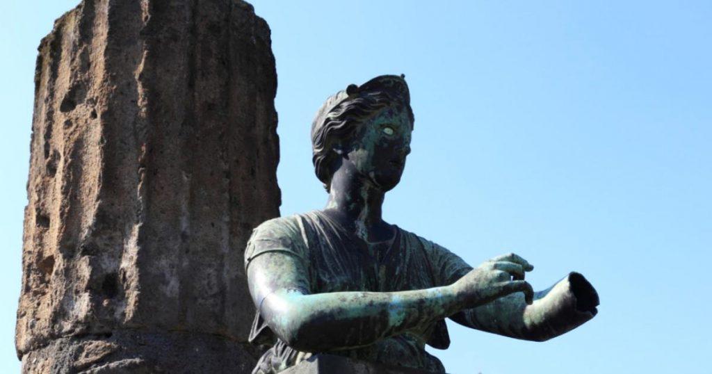 Pompeya-historia-de-la-ciudad-romana-sepultada-por-el-Vesubio-2