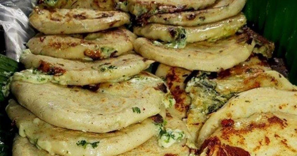 Pupusas-platillo-tipico-El-Salvador-3