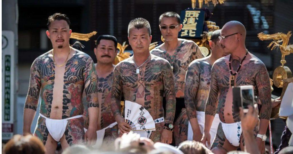 Sanja-Matsuri-Festival-Yakuza-mafia-japonesa-2