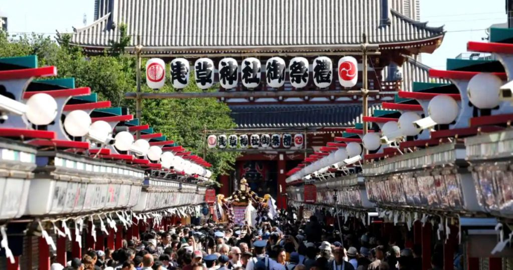 Sanja-Matsuri-Festival-Yakuza-mafia-japonesa-3