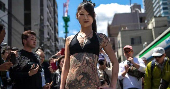 Sanja-Matsuri-Festival-Yakuza-mafia-japonesa