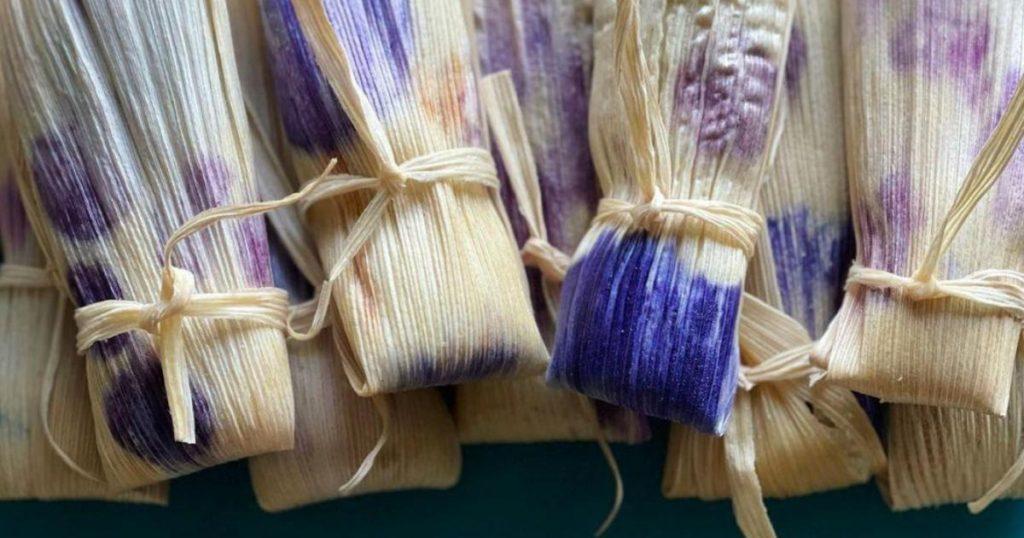 Tamales-artesanales-con-flores-comestibles-3