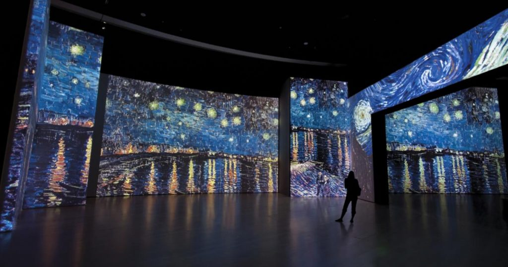 Van-Gogh-Alive-cena-inmersiva-noche-estrellada-4