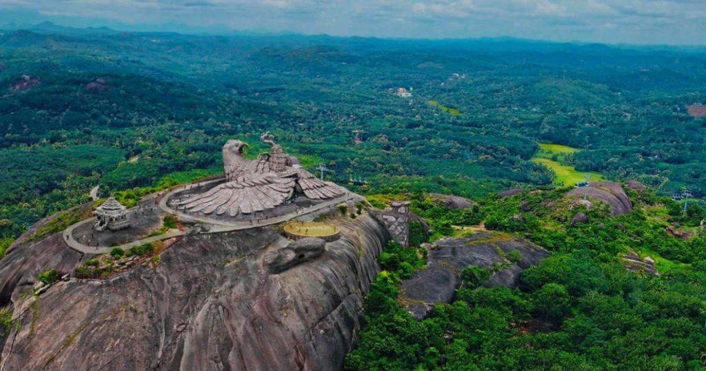 India-jatayu-earths-center-parque-Kerala-2