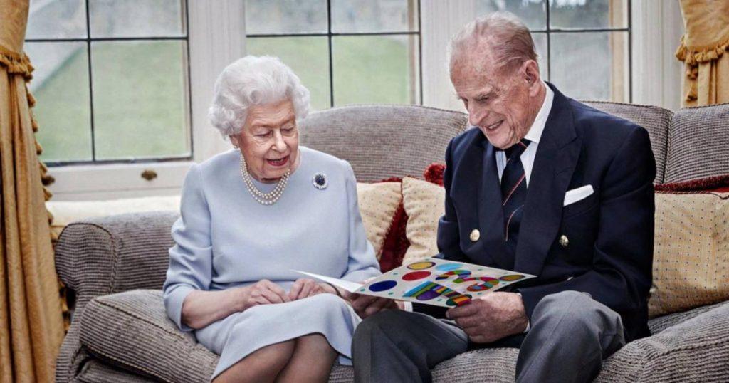 Reina-Isabel-II-y-Principe-Carlos