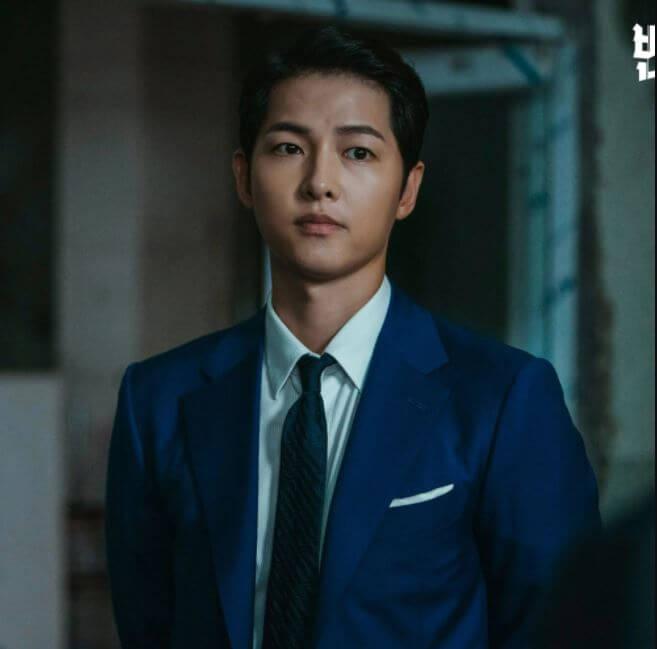 actores-coreanos-guapos-song-doramas-joong-ki-vicenzo