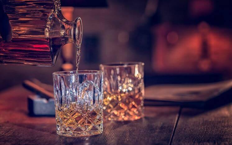 bebidas-alcoholicas-con-menos-calorias-whisky
