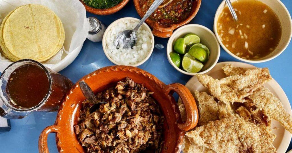 Festival-del-pulque-gastronomia-tipica-y-mezcal-CDMX-3