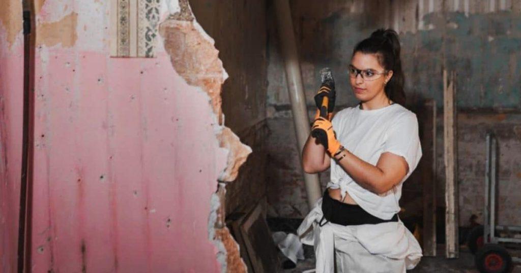 Talachas-Girl-colectivo-mujeres-emprendedoras-remodelan-o-reparan-tu-casa-2