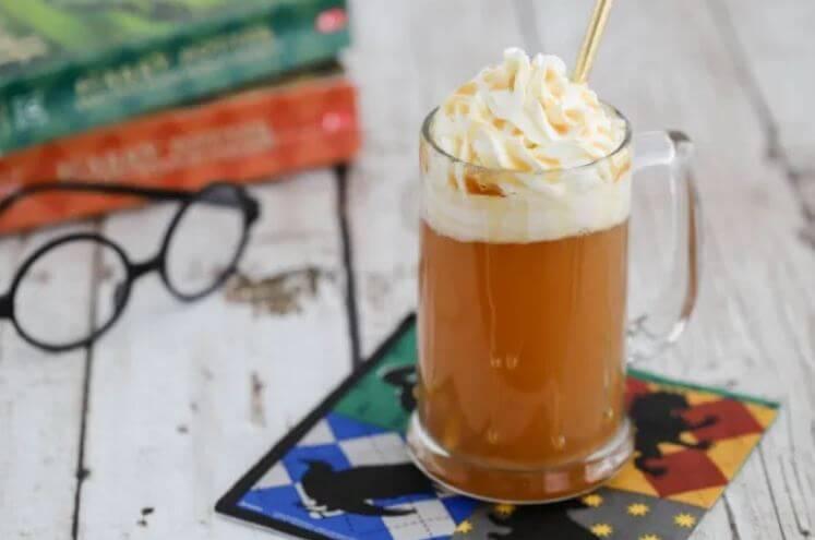 Receta para preparar la cerveza de mantequilla de Harry Potter con alcohol