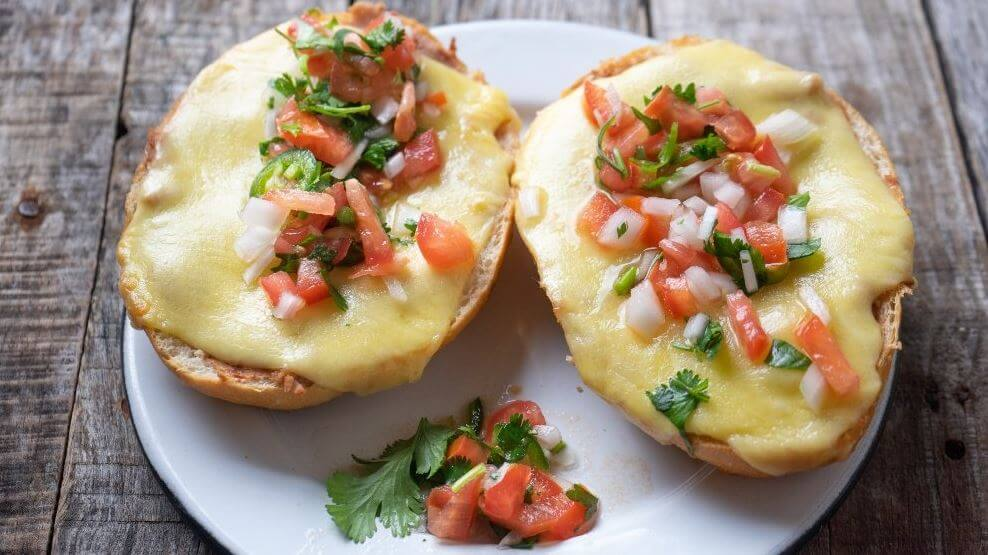 ideas-desayunos-mexicanos-molletes