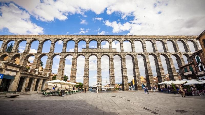 Historia del acueducto de Segovia