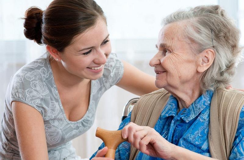 Cuidador de abuelos