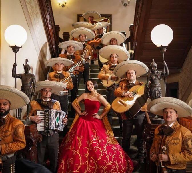 curiosidades-angela-aguilar-su-primer-album-llamado-primero-soy-mexicana
