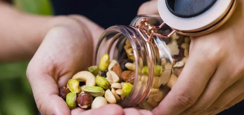 como-prevenir-el-cancer-de-mama-alimentos-reducen-el-riesgo-frutos-secos